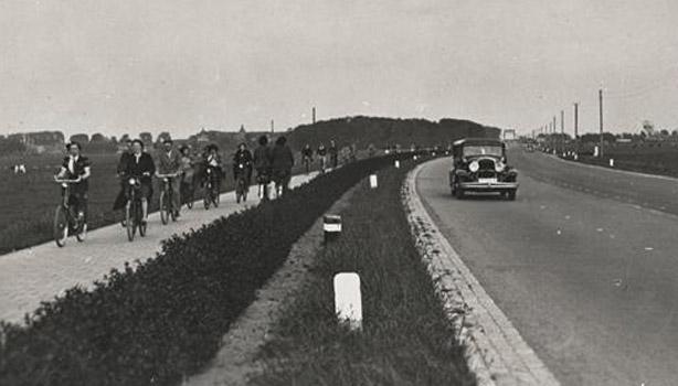 1930s cyclepath NL 03