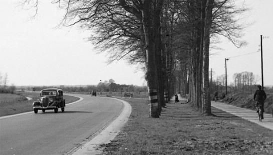 1930s cyclepath NL 02