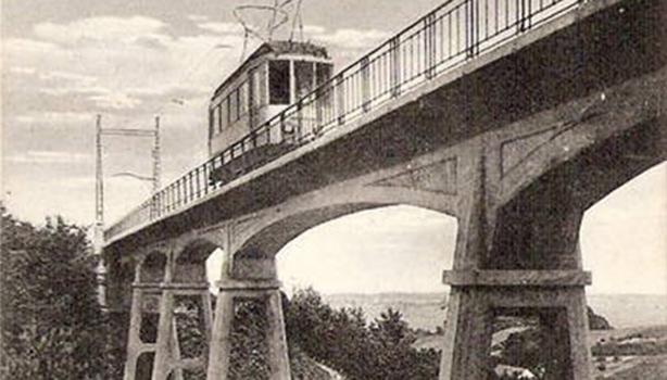 Mountain bridge in Berg en Dal for the tram line