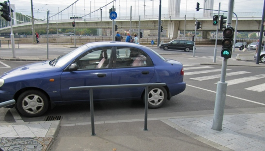 Budapest obstructed cycle path
