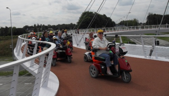 Who else benefits from the Dutch cycling infrastructure