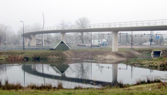 Enschede-cycle-bridge