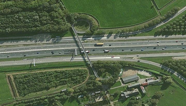 Cycle bridge Uithof