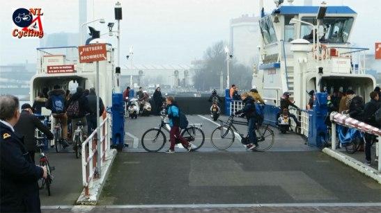 ferry-velsen