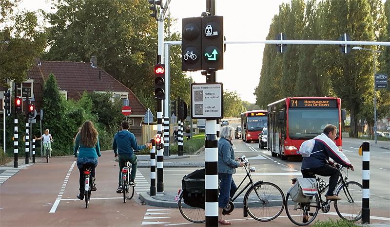 Traffic lights in 's-Hertogenbosch; an interview   BICYCLE DUTCH