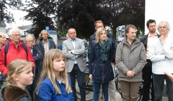 Many different people showed up for the cycle tour in Vught alongside points of interest from a cycling point of view.
