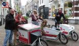 A mini cargo bike tour with three rental bikes getting ready to go in the Utrecht Zadelstraat.