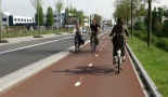 The new bi-directional cycleway on Reitscheweg in 's-Hertogenbosch