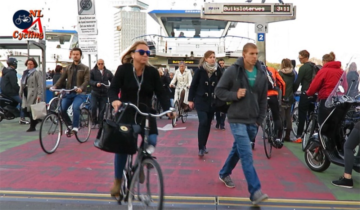 amsterdam-ferry-02