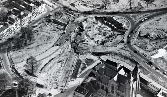 The roundabout under construction in 1954. (picture Gelders Archief)