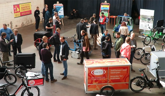 Networking at the conference of the Cargo Bike Festival 2016.