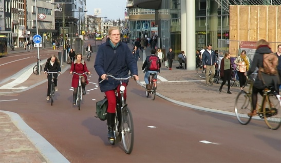 The busiest cycleway in Utrecht is used daily by 25,000 people.