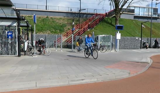 zaltbommel-bikeparking2