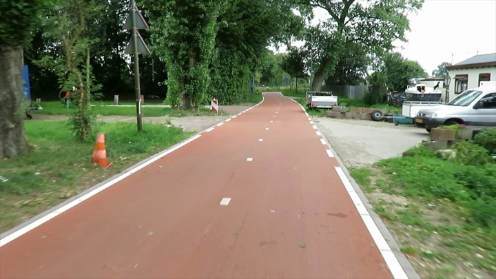 A very nice cycle street after the reconstruction.