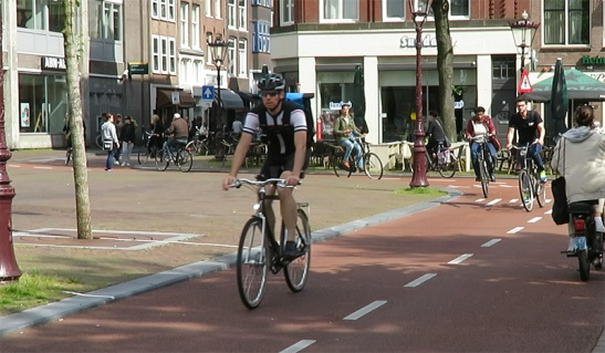 All types of people use Haarlemmerplein today.