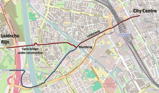 Map of the new cycle route. In blue the current detour. When the new bridge over the Amsterdam-Rhine canal (to the left) is finished the route will be much shorter. Note the 1950s detour for motor traffic to the south of the original route. At the beginning and the end the routes come together again.