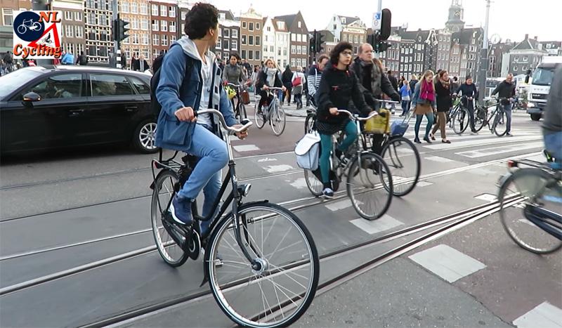 Dutch cycling figures | BICYCLE DUTCH